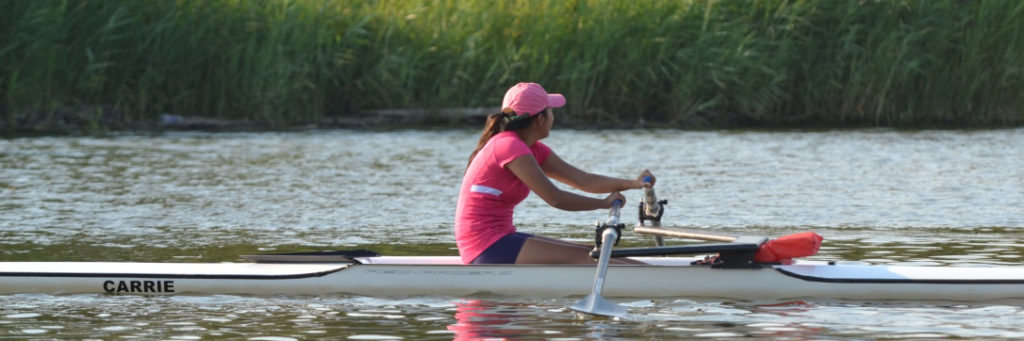 Rowing in a single scull