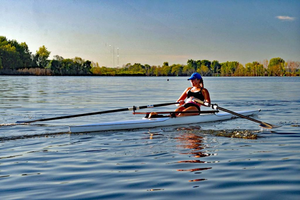 Natalie rowing on the Saginaw River – BCRC 2020